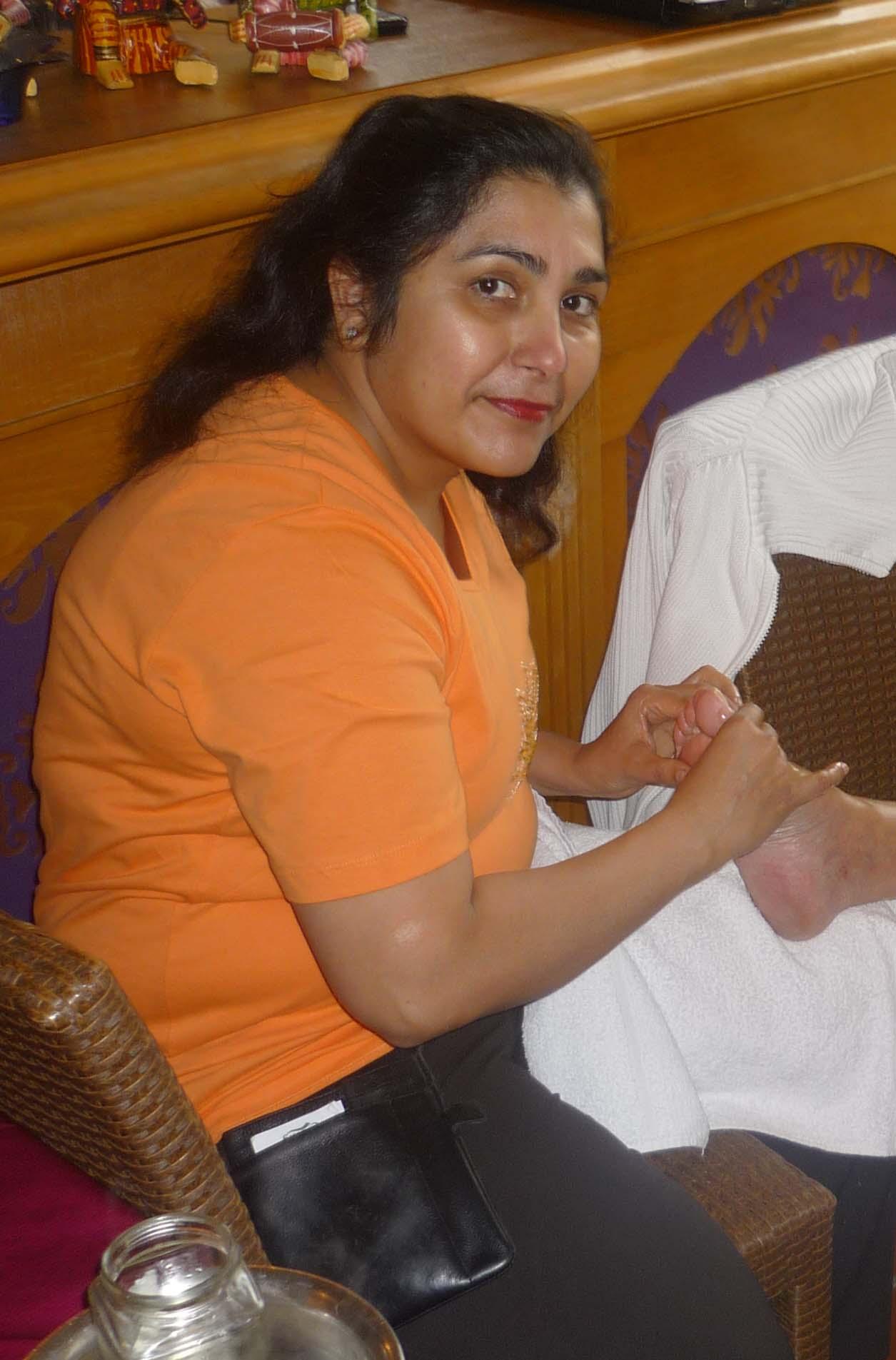 Ayurvedatherapeutin Malhotra